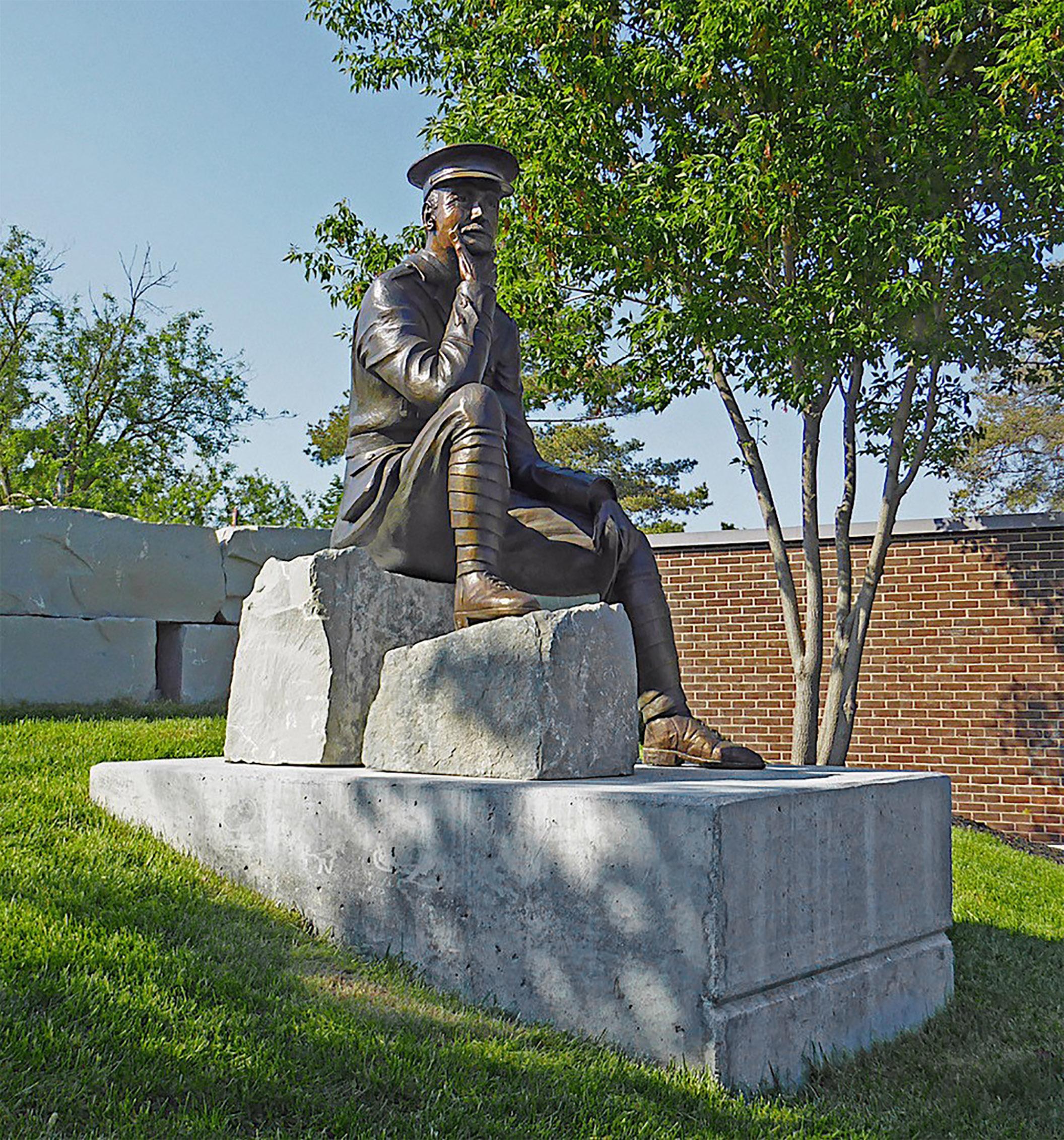 Wynn statue